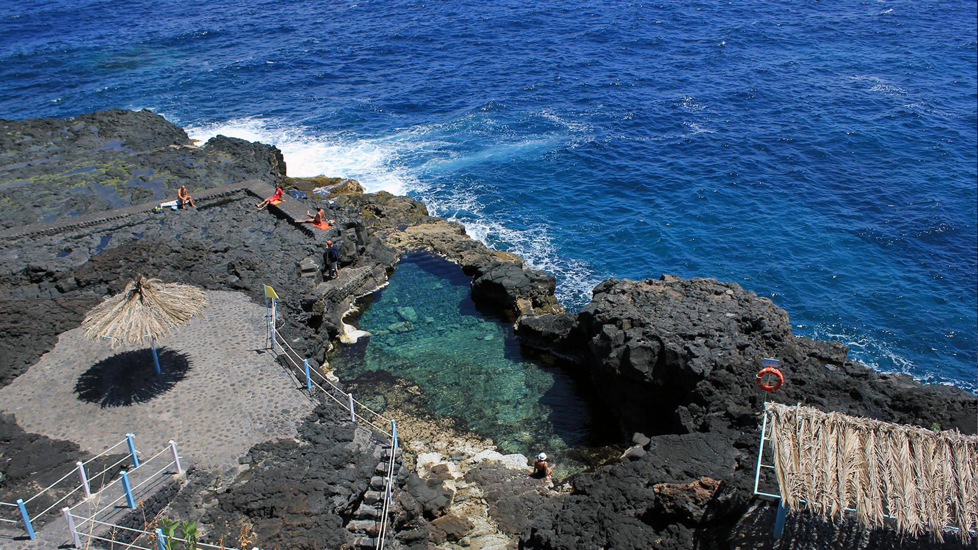 le spiaggie più belle de la Palma Canarie charco-azul-charco-de-las-damas