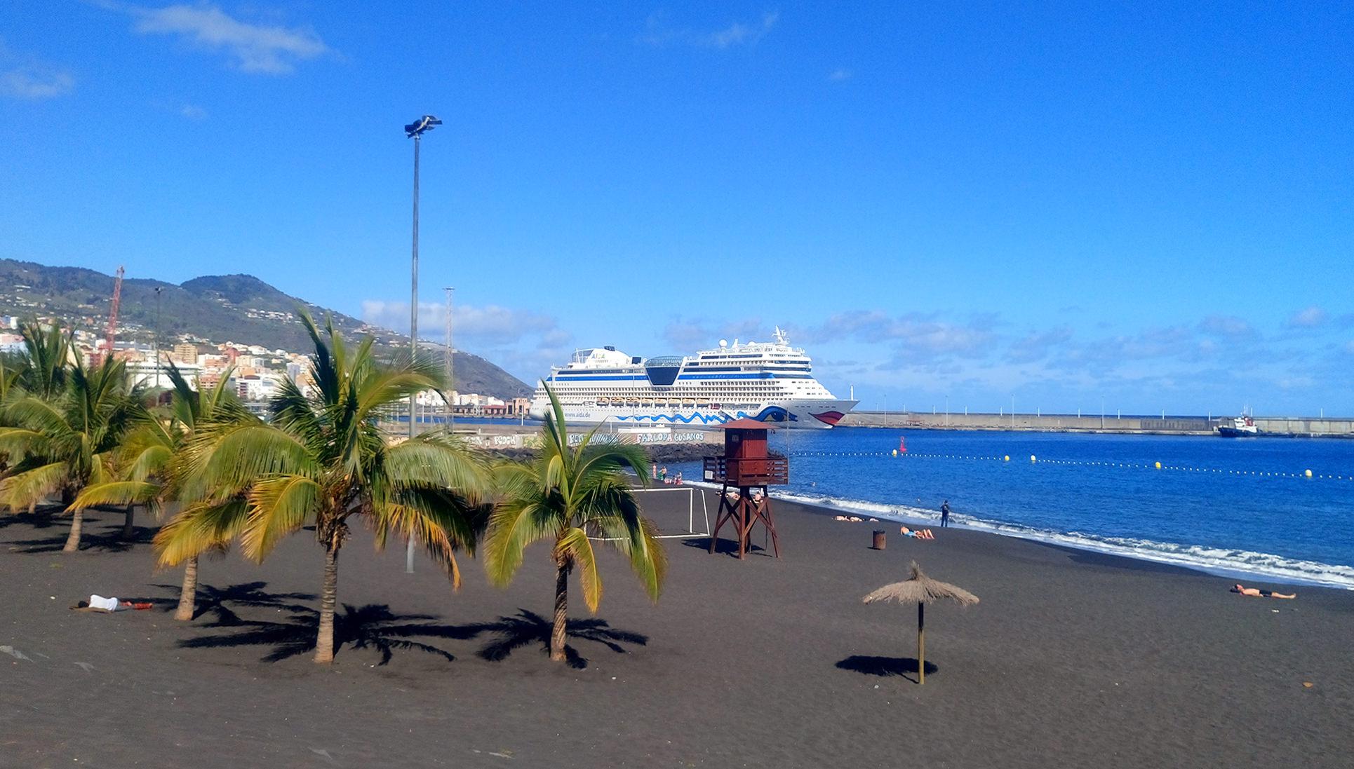 le spiaggie più belle de la Palma Canarie spiaggia-santa-cruz playa-bajamar