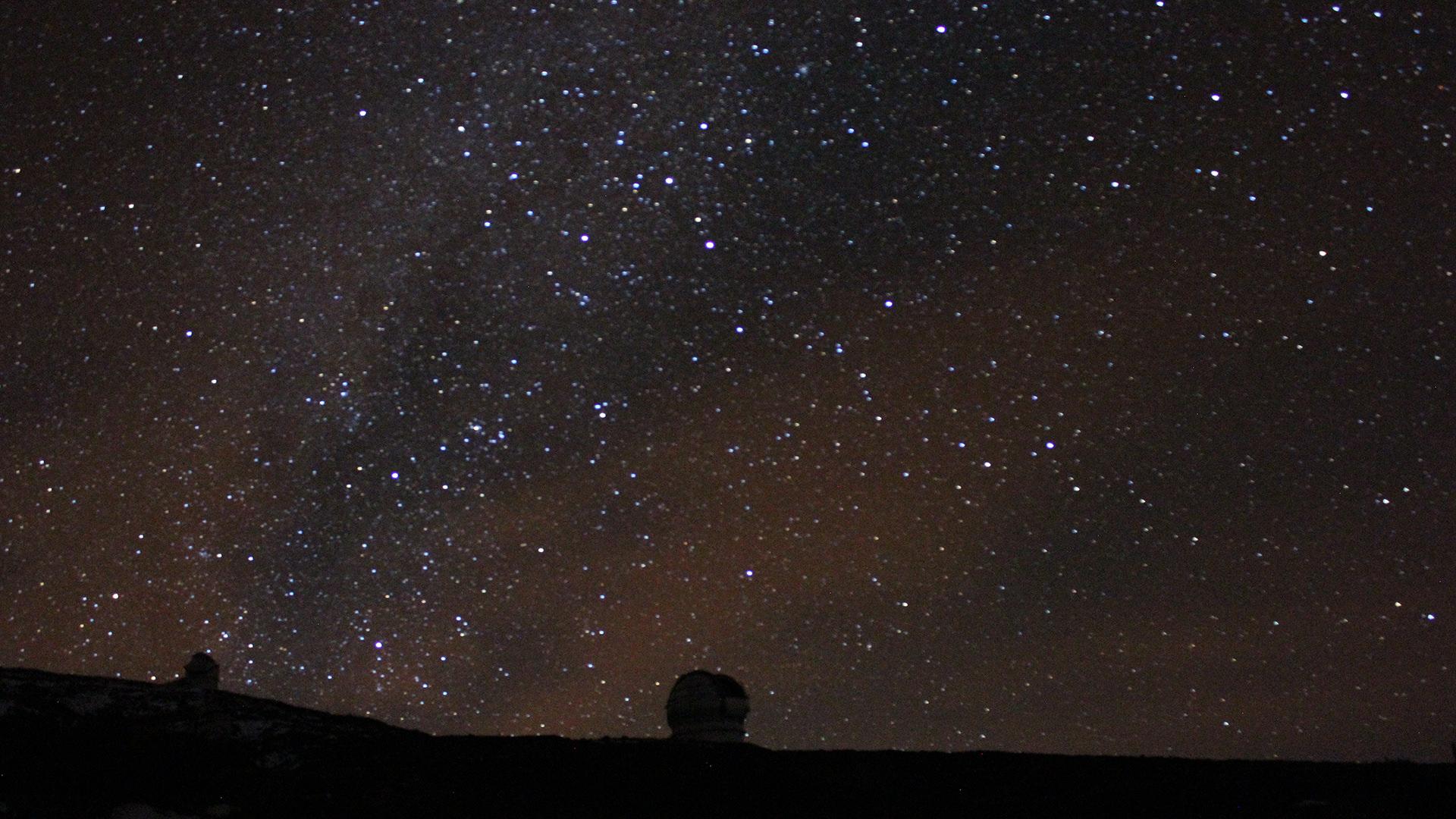 ¡Astroturismo en La Palma para ver y observar las estrellas con el telescopio!